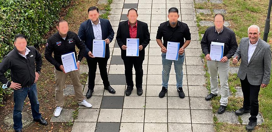 """Weiterbildung im Bewachungsgewerbe """"Fachkraft für Personenschutz (IHK-Zertifikat)"""" vom 19.04. - 30.06.2021 by MentalLeis"""